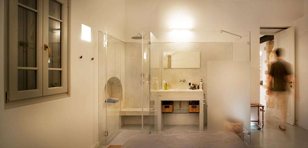 חיפוי הקירות והרצפה במקלחות עם טיח אותנטי מגוון על בסיס סיד, צילום: עמרי אמסלם