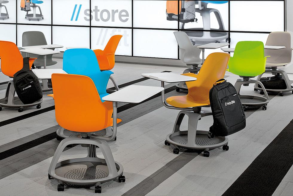 The Node chair כיסא נייד וגמיש, מעוצב למעבר מהיר ורציף מתחנה לתחנה בכיתת הלימוד.