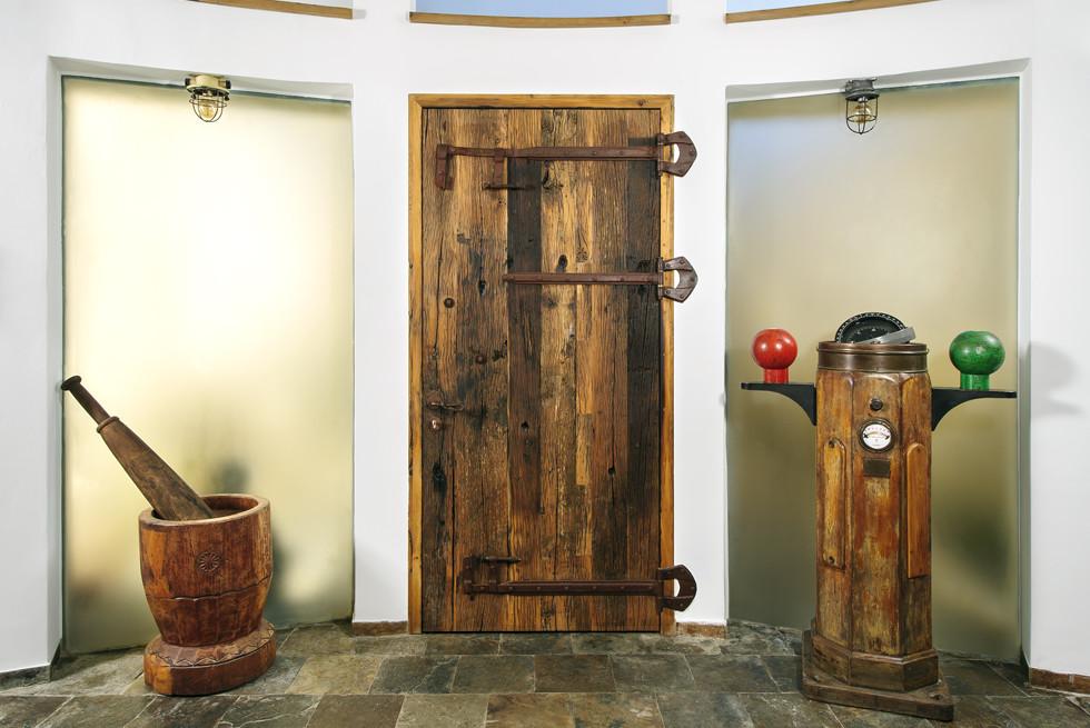 דלת כניסה לבית, צילום: מושי גיטליס