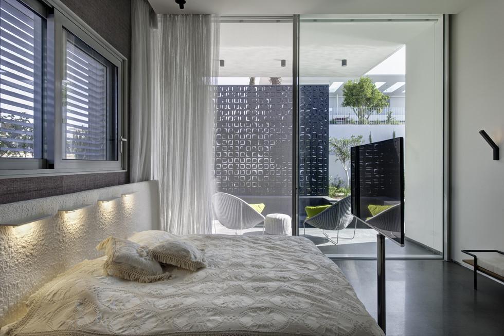 טלויזיות ומערכות שמע ומולטימדיה גם בחדר השינה, צילום: Studio Smadar - עודד סמדר