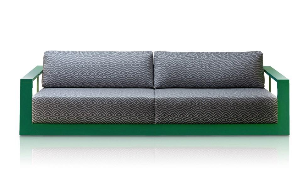 ספה דו מושבית בעיצוב יפרח בן צבי