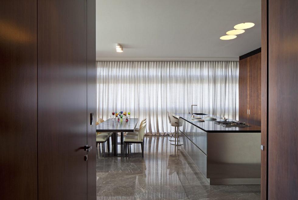 צילומי פרויקט נגרות בבית במגדל בתל אביב אדריכלית: אירמה אורנשטיין